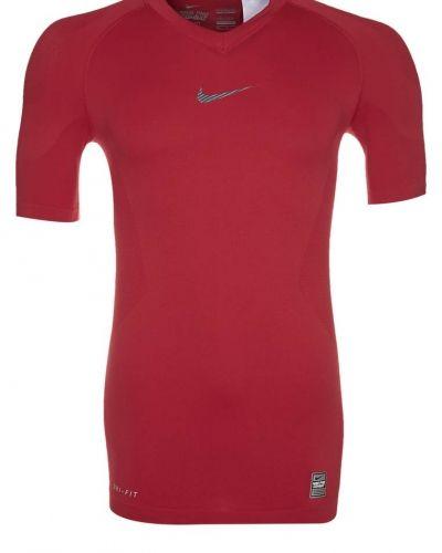 Nike Performance PRO COMBAT VAPOR Undertröja Rött från Nike Performance, Underställströjor