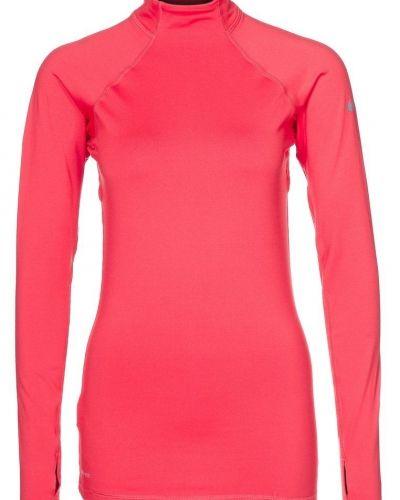 Nike Performance PRO HYPERWARM MOCK II Tshirt långärmad Rött från Nike Performance, Långärmade Träningströjor