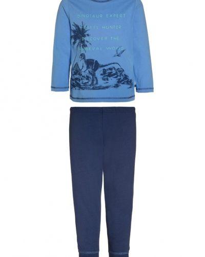 Pyjamas från Sanetta till mamma.