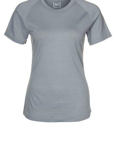 super.natural RELAX Tshirt bas Grått - super.natural - Kortärmade träningströjor