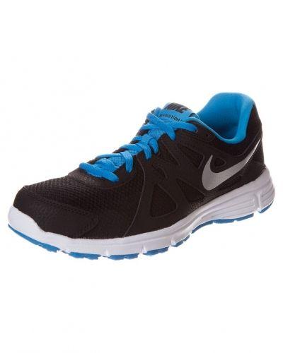 Nike Performance Revolution 2 löparskor. Traningsskor håller hög kvalitet.