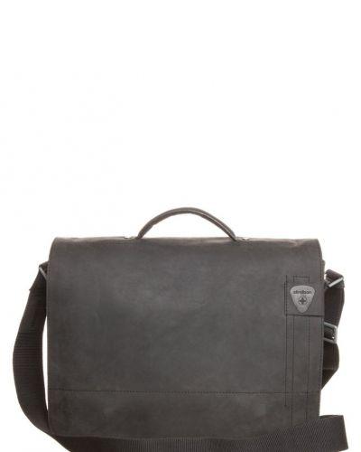 Strellson Richmond portfölj / datorväska. Väskorna håller hög kvalitet.
