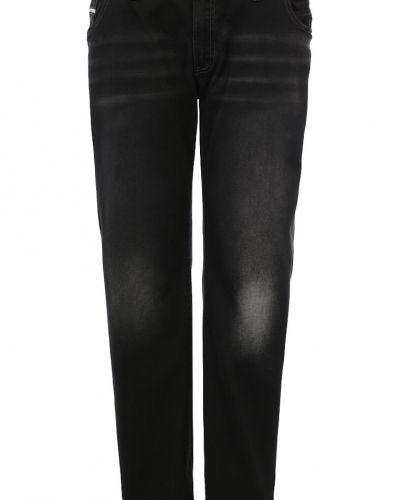 Till dam från Replika, en straight leg jeans.