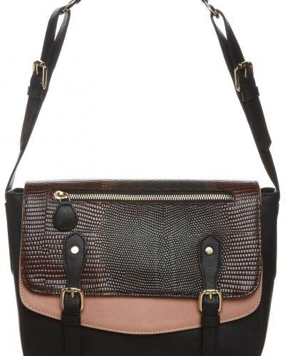 MySuelly ROSANNE Handväska Svart från MySuelly, Handväskor