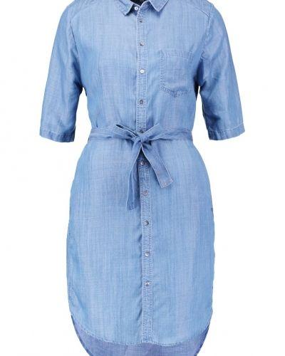 Till mamma från Second Female, en skjortklänning.