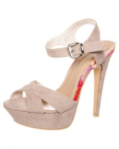 Högklackade sandal från Francesco Milano till dam.