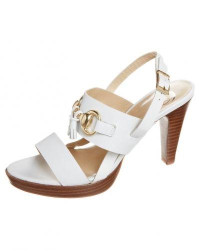 Till dam från PERLATO, en vit högklackade sandal.