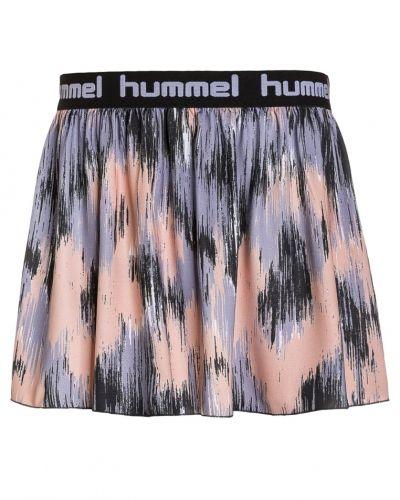 Sportkjol från Hummel till mamma.