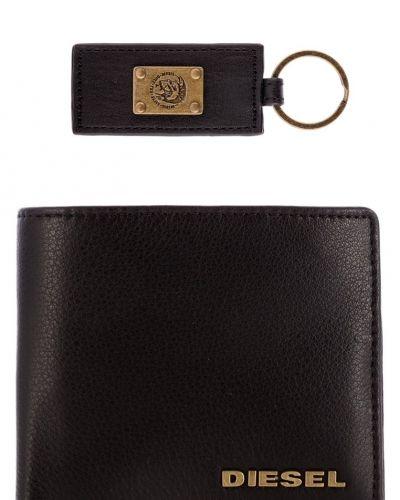 Set plånbok från Diesel, Plånböcker