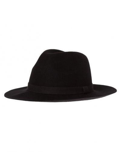 Selected Femme hatt till mamma.