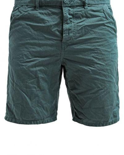 Till dam från Only & Sons, en shorts.