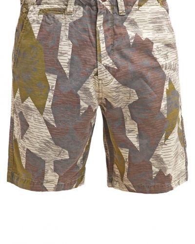 Till dam från Esprit, en shorts.
