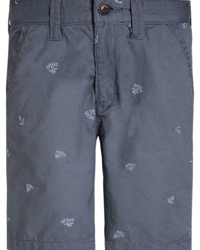 OshKosh shorts till dam.