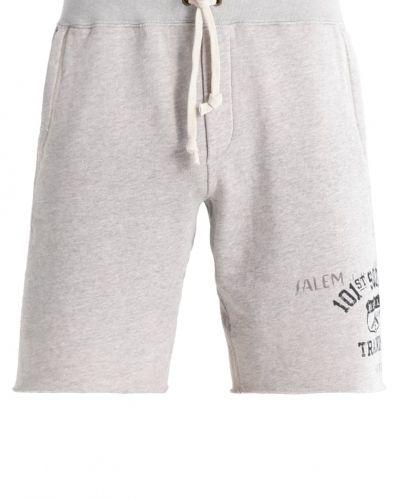 Till dam från Polo Ralph Lauren, en shorts.