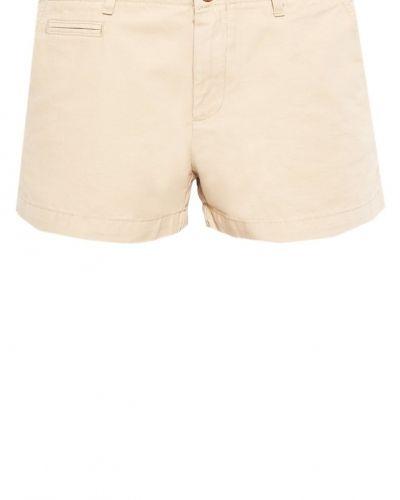 Till dam från GAP, en shorts.