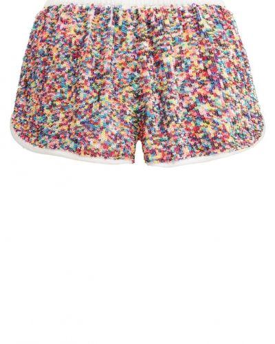 Glamorous shorts till dam.