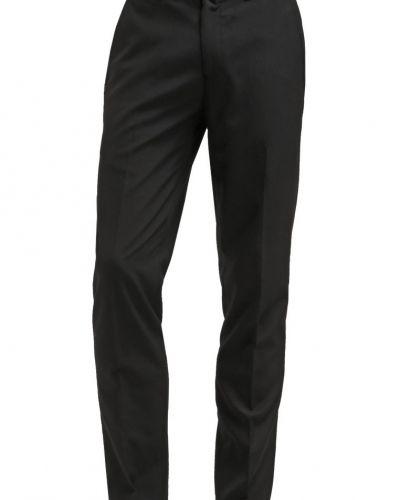 Kostymbyxa New Look SLIM Tygbyxor black från New Look
