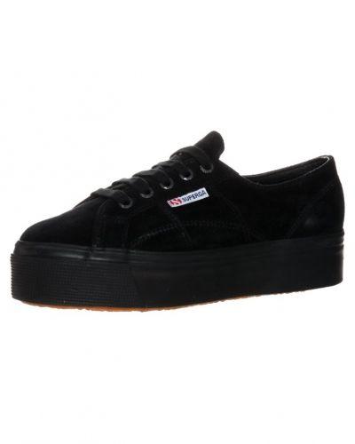 Sneakers Superga SNOW Sneakers svart från Superga