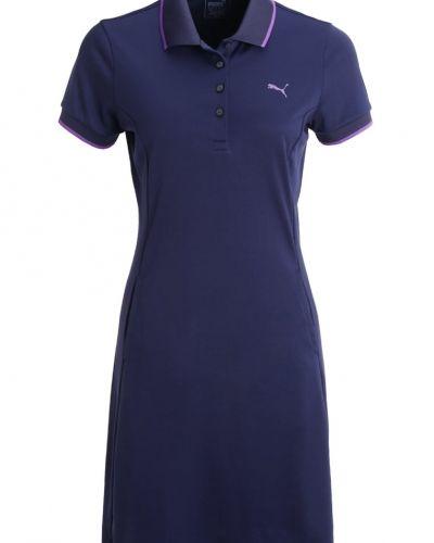 Till mamma från Puma Golf, en sportklänning.