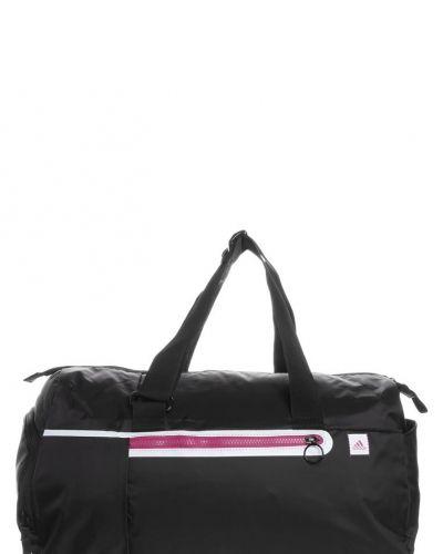 adidas Performance Sportväska. Väskorna håller hög kvalitet.
