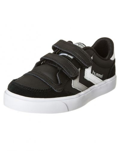 Svart sneakers från Hummel till kille.