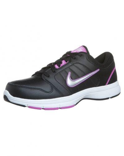 Nike Performance STEADY IX Aerobics & gympaskor Svart från Nike Performance, Träningsskor