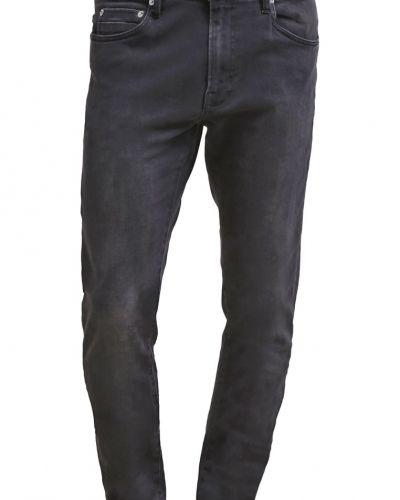 Till dam från Samsøe & Samsøe, en slim fit jeans.