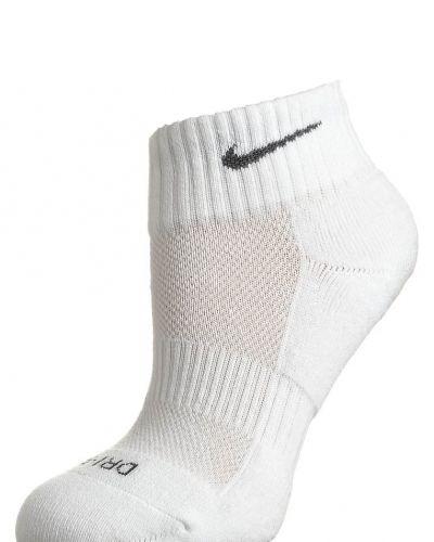 Nike Performance Strumpor. Traningsunderklader håller hög kvalitet.