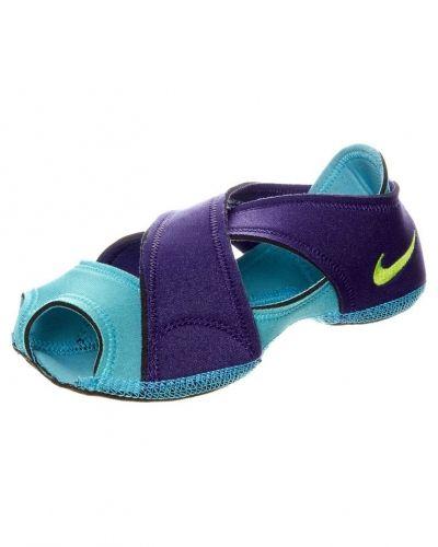 Nike Performance Nike Performance STUDIO WRAP Dansskor Lila. Traningsskor håller hög kvalitet.