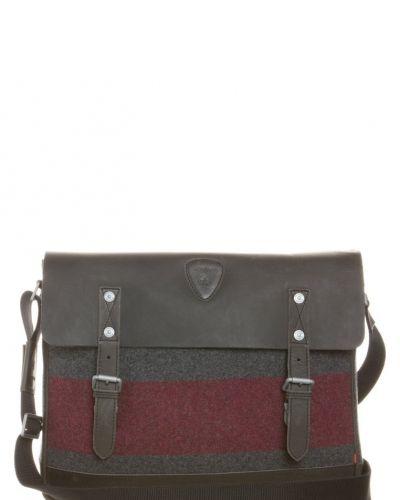 Strellson Swiss cross portfölj / datorväska. Väskorna håller hög kvalitet.