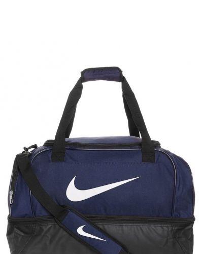 Nike Performance Team medium hardcase sportväska. Väskorna håller hög kvalitet.