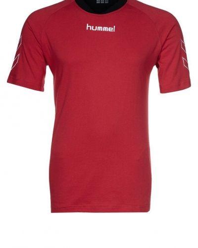 Hummel Teamwear. Traning-ovrigt håller hög kvalitet.