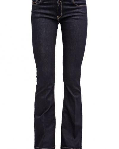 Till tjejer från Replay, en bootcut jeans.