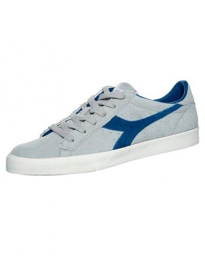 Tennis 270 sneakers Diadora sneakers till herr.