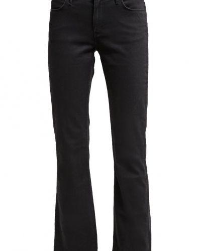 Tina jeans bootcut black denim Wrangler bootcut jeans till tjejer.
