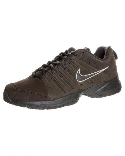 Nike Performance TLITE X NBK Aerobics & gympaskor deep smoke från Nike Performance, Träningsskor