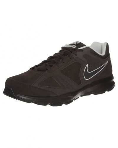 Nike Performance Tlite xi aerobics & gympaskor. Traning håller hög kvalitet.