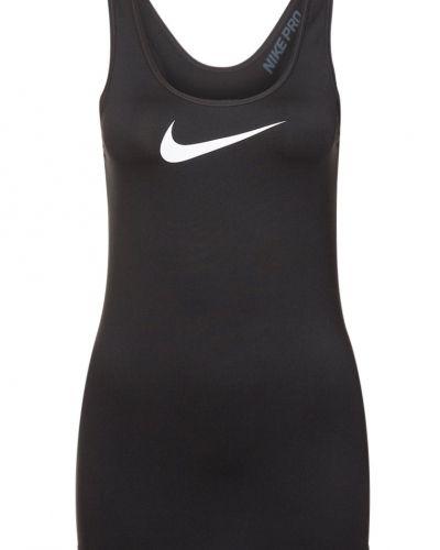 Linnen från Nike Performance till dam.