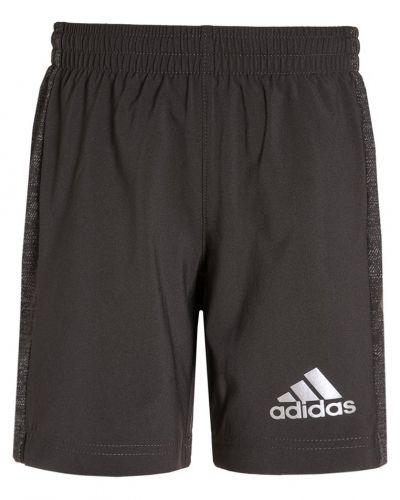 Till dam från adidas Performance, en shorts.