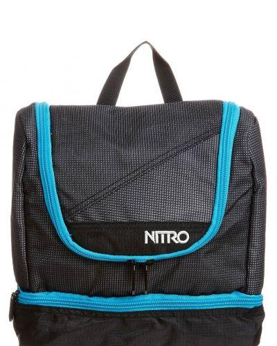 Nitro Travel kit. Väskorna håller hög kvalitet.