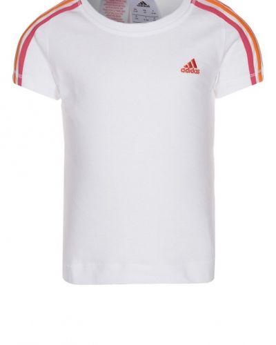 adidas Performance Tshirt bas. Traningstrojor håller hög kvalitet.