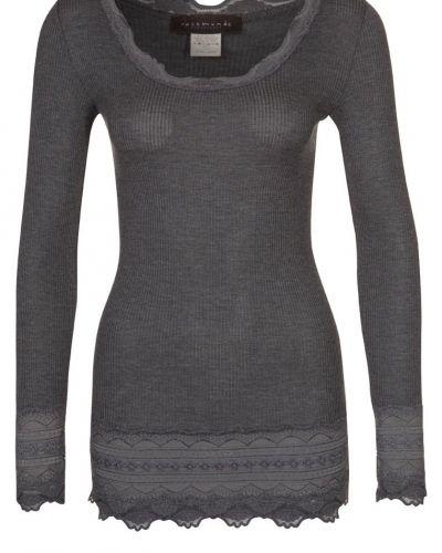 Grå långärmad tröja från Rosemunde till dam.