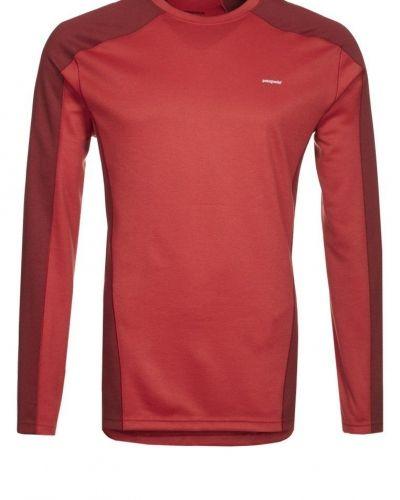Patagonia Tshirt långärmad Rött från Patagonia, Långärmade Träningströjor