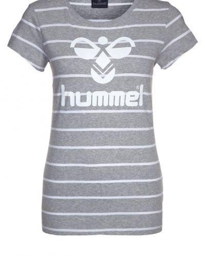 Hummel Tshirt med tryck Grått - Hummel - Kortärmade träningströjor