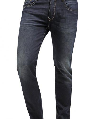 Till mamma från Petrol Industries, en slim fit jeans.