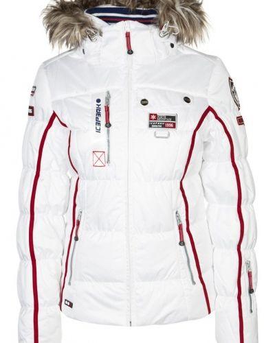 Icepeak Tuwa skidjacka. Traningsjackor håller hög kvalitet.