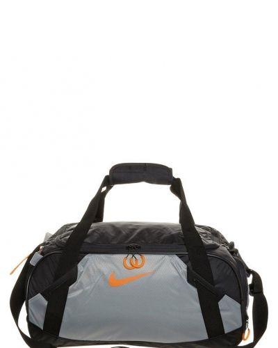 Varsity duffel sportväska från Nike Performance, Sportbagar