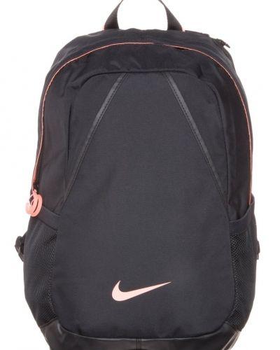 Nike Performance Varsity ryggsäck. Väskorna håller hög kvalitet.