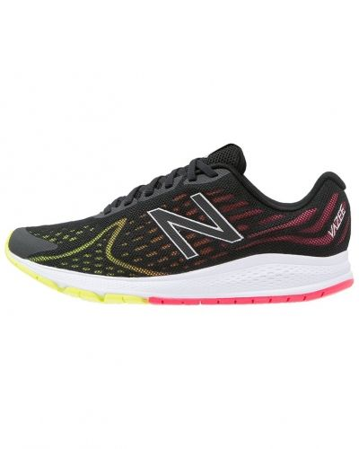 Vazee rush v2 neutrala löparskor black/pink New Balance löparsko till mamma.