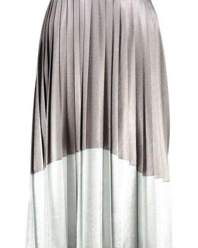 Veckade kjol från Topshop till mamma.